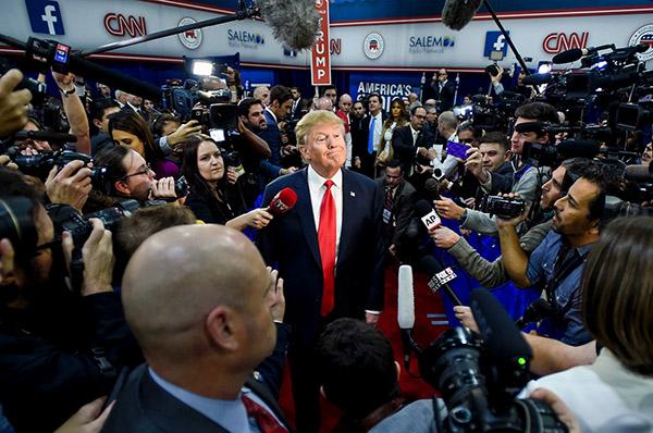 160318_POL_Trump-Media-Reporters-Vegas.jpg.CROP.promo-xlarge2